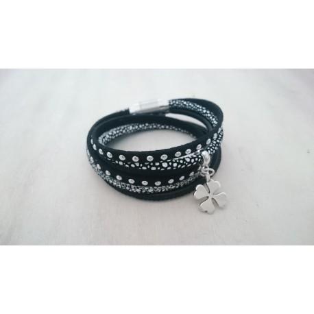 Zwarte wikkelarmband
