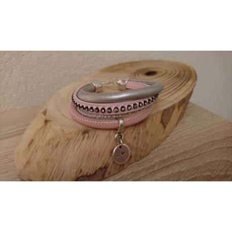 Lichtroze armband