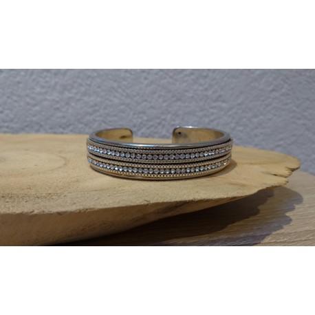 Metalen bangle armbande