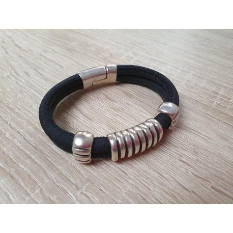 Stoere armbande met leer en magneetsluiting