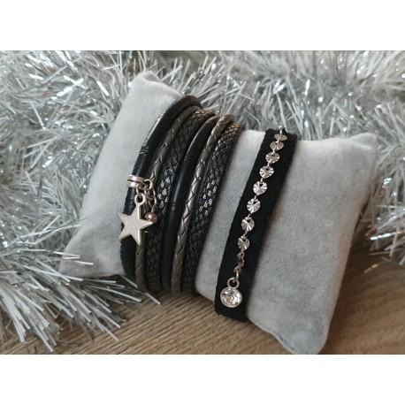 Zwart armbandje plat leer (rechts op de foto)