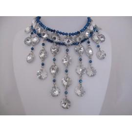Zilver met donkerblauwe ketting